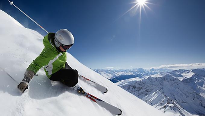 スキー1~2級を持っている足前の人は骨盤バランス失調の可能性が高い
